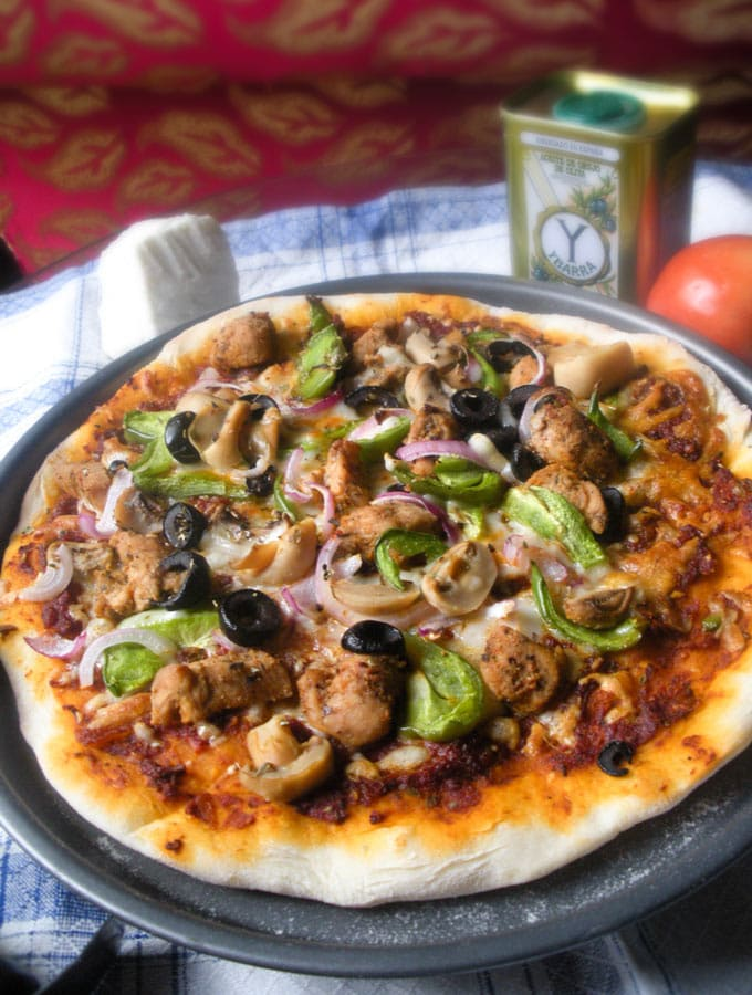 Spicy Pizza with Chicken Fajita Topping